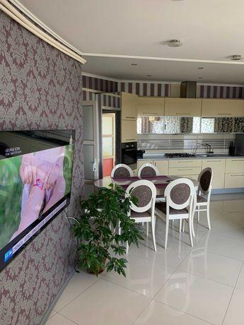 Продам свою просторную современную квартиру возле моря г. Черноморск