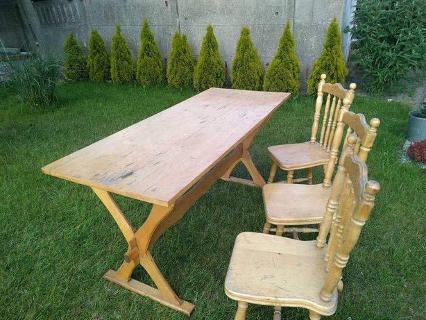 Stół drewniany plus krzesła drewniane