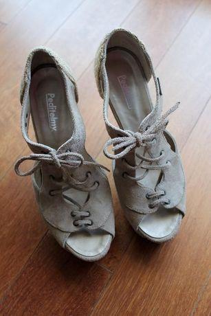 Sapatos de salto alto, marca Peditelmy - Tamanho 37