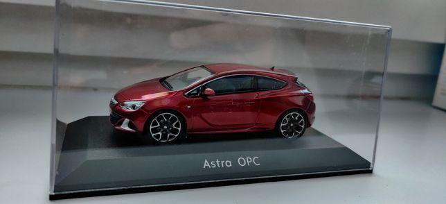 Opel Astra J OPC 1:43