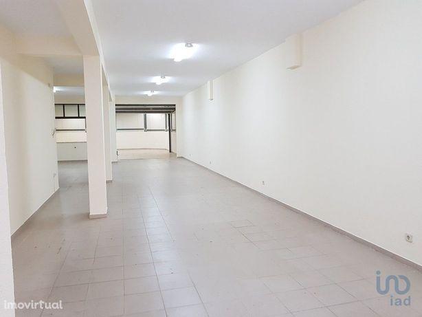 Loja - 103 m²
