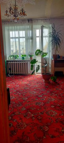 Продаж 3-кімнатна вул Суботівська