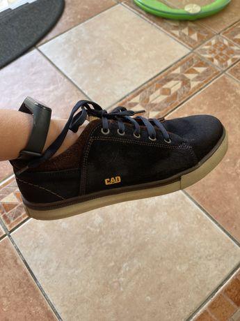 Шкіряні кроси 38 розмір
