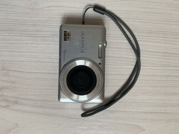 Продам цифровой фотоаппарат Olympus