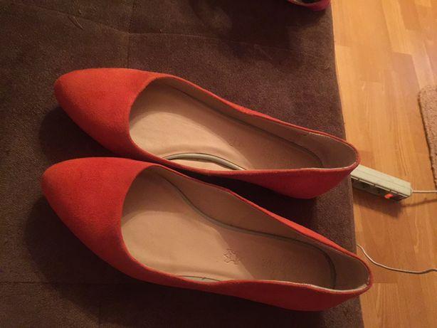 Продам туфли женские пр-ва Италия
