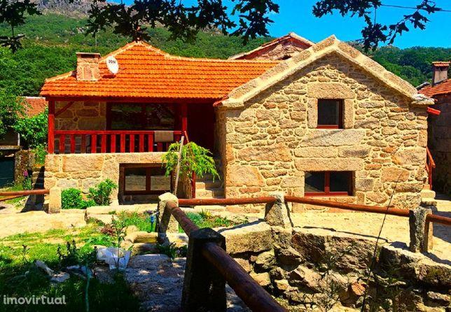 GEC339 V3- C. Lume,casa rústica totalmente renovada e modernizada,8pax