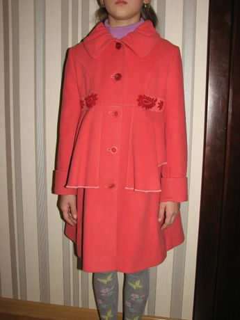 Кашемирове пальто на дівчинку 128
