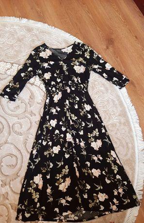 Платье у косички.