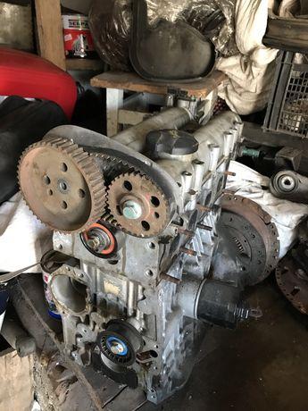 Двигун двигатель мотор гольф golf шкода skoda 1,4