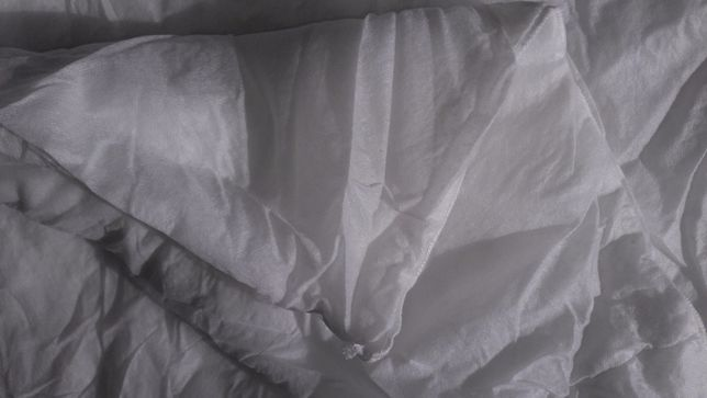 Продам одеяло синтепон полуторное 140 х 200 тонкое новое