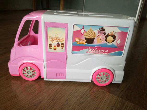 Camper Barbie używany