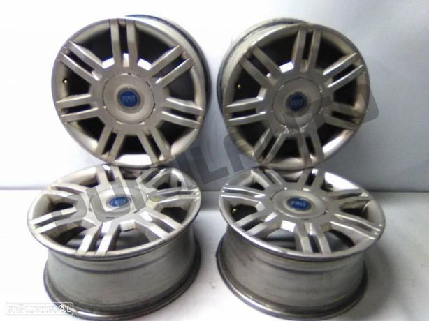 Conjunto De Jantes Alumínio R16  Fiat Stilo 1.9 Jtd