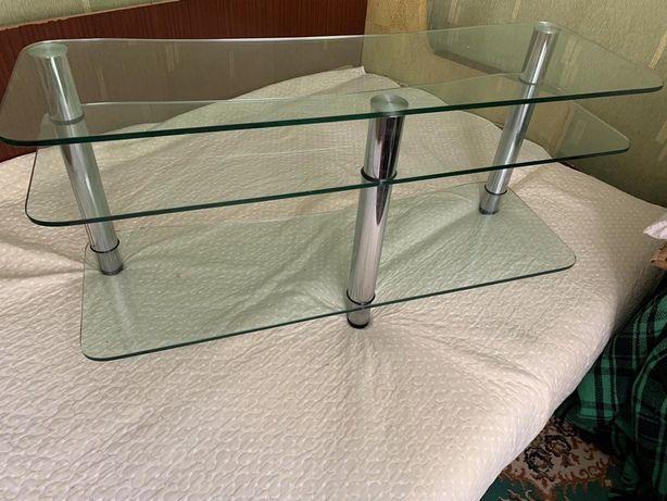 Стекляный столик под телевизор