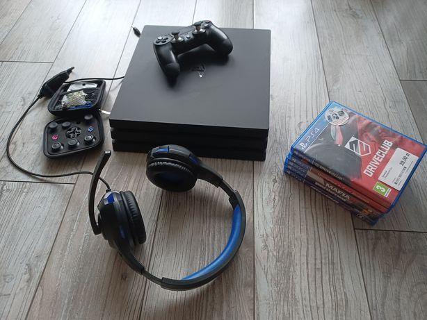 Konsola PS4 PRO 1TB zestaw