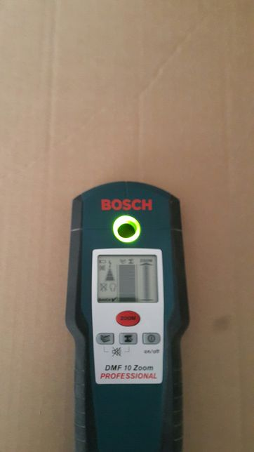 Детектор скрытой проводки Bosch DMF 10 Zoom (аренда)