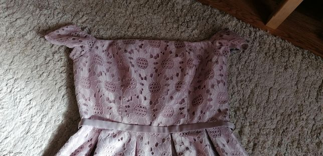 Piekna rozkloszowana sukienka plus size koronka asos