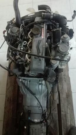 Motor Mitsubishi Pajero 2500 4d56