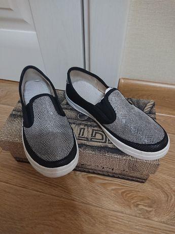 Мокасины ,сменная обувт ТМ Valdi