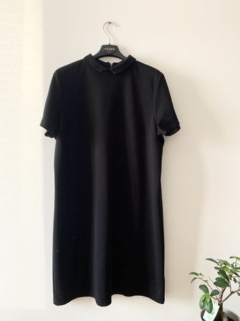 Esmara sukienka trapezowa czarna dzianinowa z kołnierzykiem L