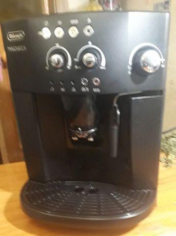 Кофемашина DeLonghi MAGNIFICA - отличный подарок