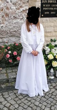 Sukienka komunijna, wianuszek, buty.