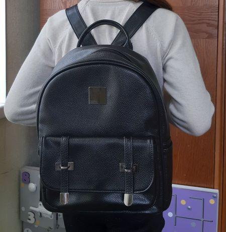 Рюкзак женский чёрный
