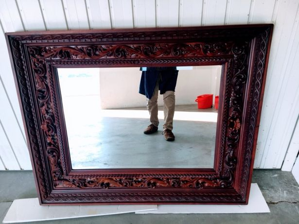 Moldura Antiga com espelho