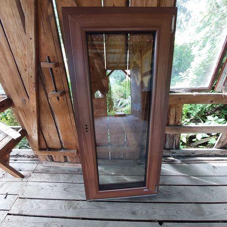 okno kolor Meranti