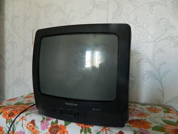 Телевизор GoldStar. 32 см по диагонали