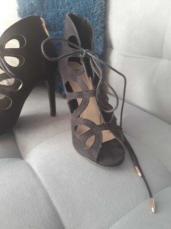 Sandałki na szpilce 36