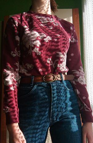 Bordowa bluza w kwiatki