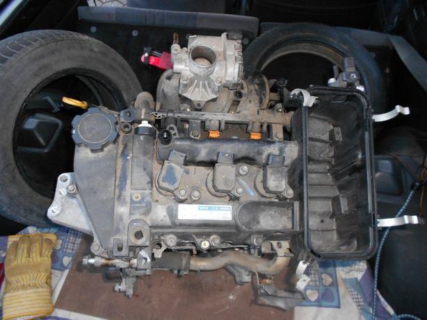 Motor Toyota Yaris 1kr 1.0 VVTI Peças/Todo