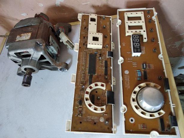 Модуль стиральной машини Индезит