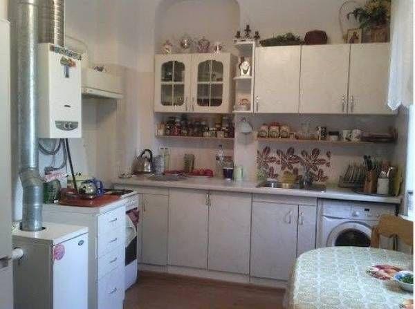 Продам двухкомнатную квартиру с ремонтом в центре/Троицкая