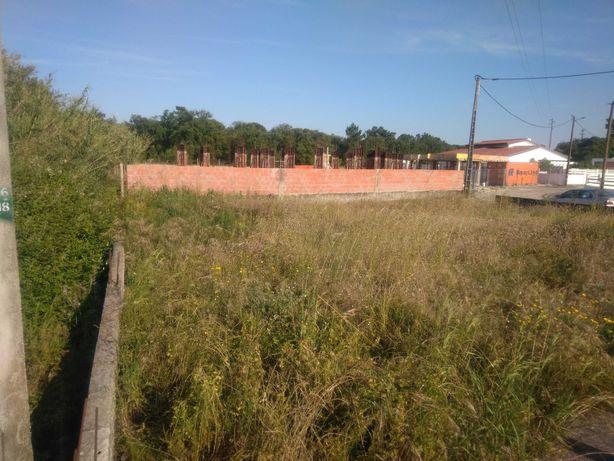 Terreno no Barreiro com projeto aprovado moradia V4