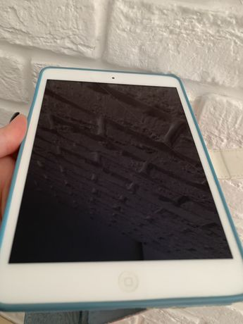 Планшет Apple A1489 iPad mini 2 Wi-Fi 32GB (ME280TU/A) Silver