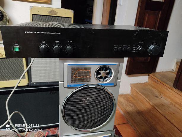 Amplificador PROTON AM-200 anos 80