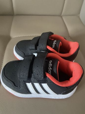 Nowe 21 adidasy buciki adidas , nike