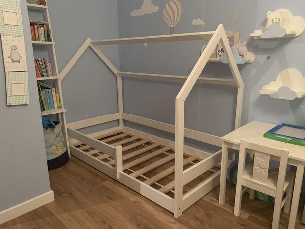 Łóżeczko domek 80x160 z materacem