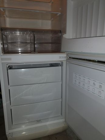 Oddam lodówkę 185cm