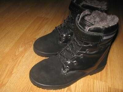 Ботинки натуральний замш 21см-встілка