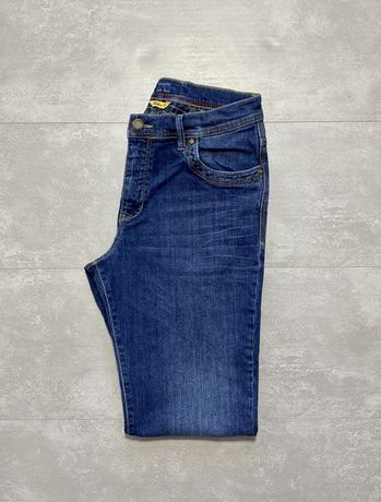 Мужские джинсы Bugatti M L Как Новые оригинал синие плотные брюки