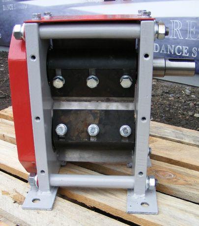 Двухвальный измельчитель веток до 65 мм, Подрібнювач гілок, дробилка