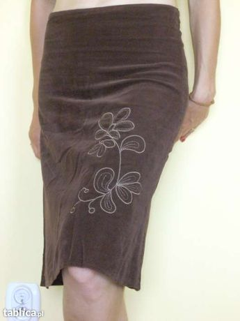 brązowa sztruksowa spódnica roz. 38