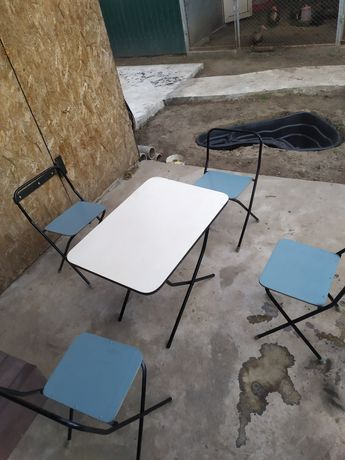 Продам складний туристичний столик