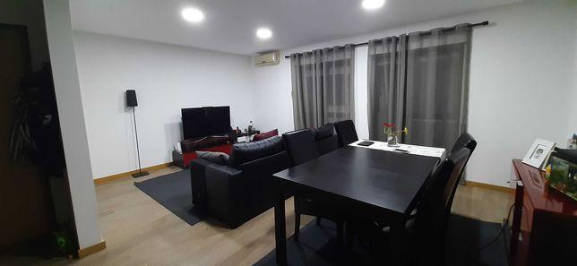 Apartamento Duplex, junto ao Parque José Afonso