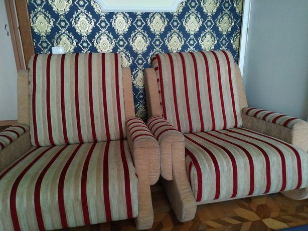 Мягкая мебель беж