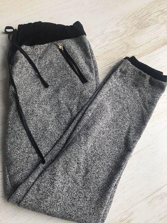Spodnie dresowe- 164 cm