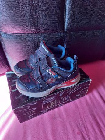 Кроссовки для мальчика на липучках фирма Skechers