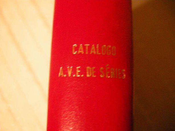 Pequena Enciclopédia Vitolfílica 1978 e Catalogo A.V.E. de Séries